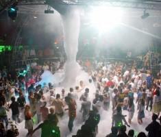 Ara verilan Antalya Köpük partileri bu yaz ilgi odağı oldu